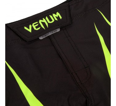 """Venum """"Predator X"""" Fightshorts - Green neo"""