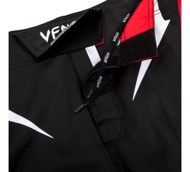 "Venum ""Sharp 3.0"" Fightshorts - Black/Red"
